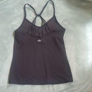 NWOT Alo Yoga black top